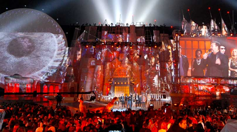 Spike Scream Awards 3D projection on stage