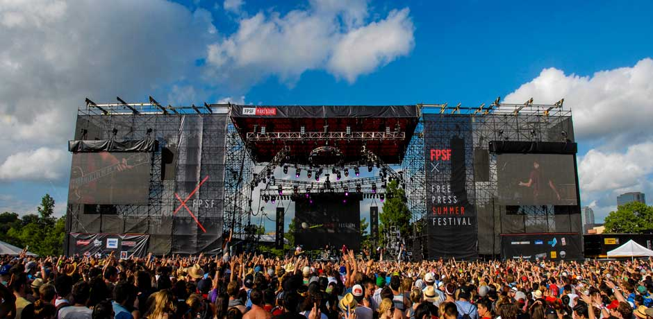 Free Press Summer Festival main stage panoramic