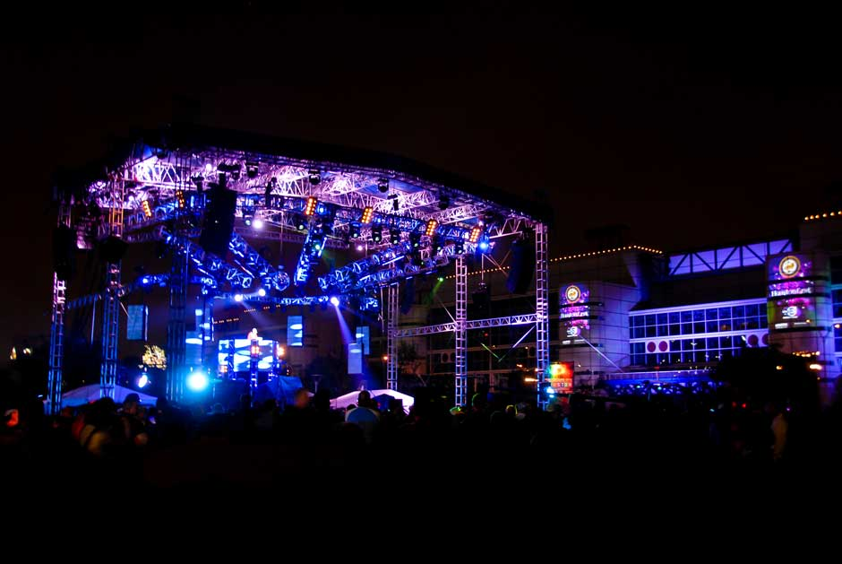 New Year's Eve Houston outdoor concert event stage and convention center