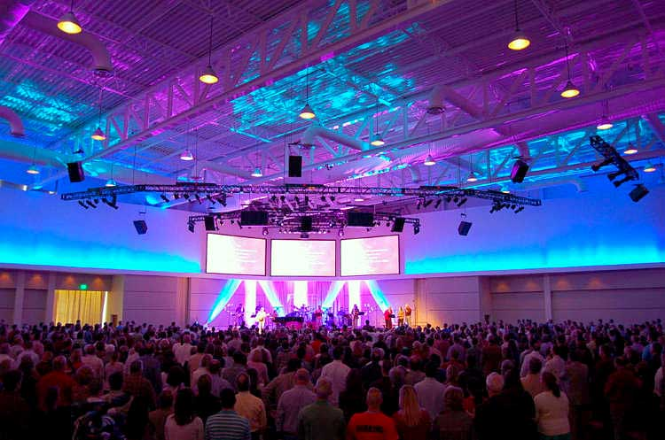 WoodsEdge Community Church video screens and truss mounted audio and lighting system