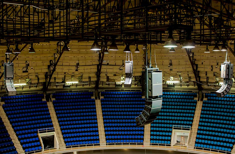 Freemand Coliseum L-Acoustics ceiling mounted audio line array speakers