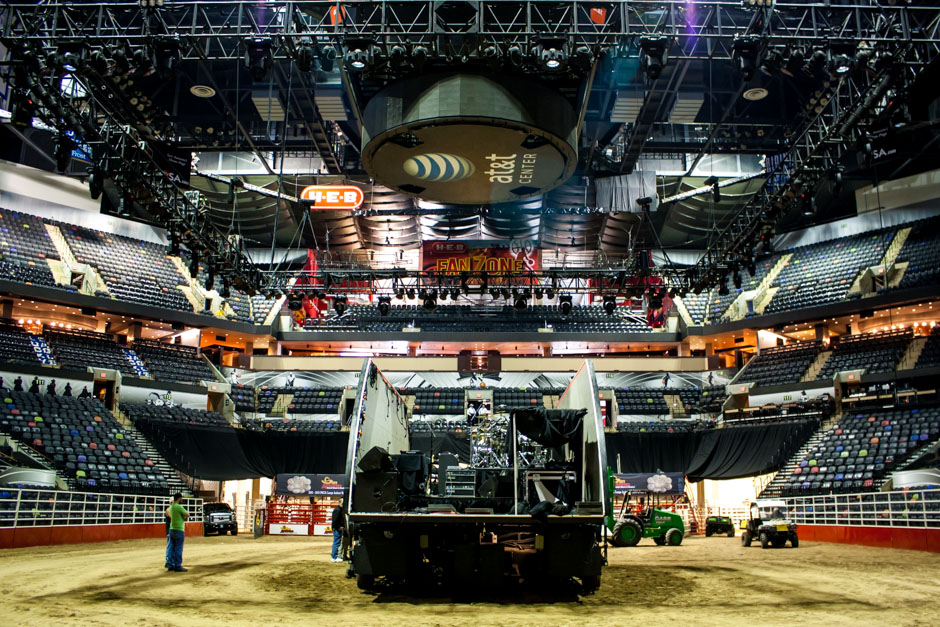 San Antonio Stock Show & Rodeo concert stage deployment