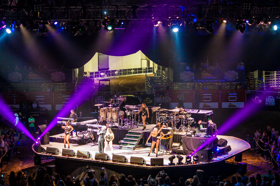 San Antonio Stock Show & Rodeo live concert lighting