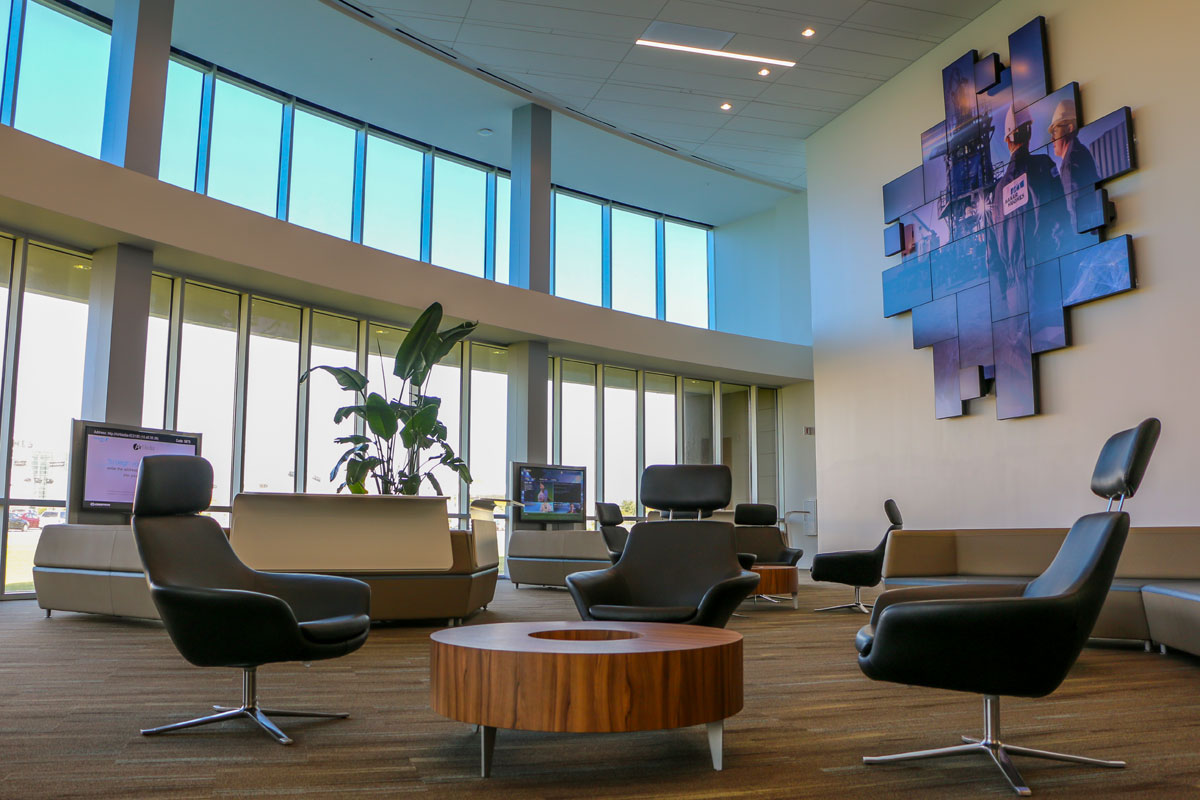 Baker Hughes Education Center Lobby Mosaic digital LED Video Wall