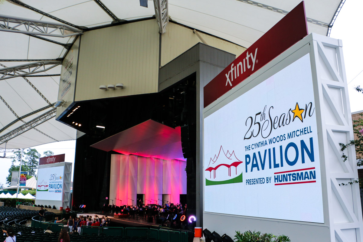 Cynthia Woods Mitchell Pavilion Main Stage ground supported Screenworks X7 HD outdoor LED video screens