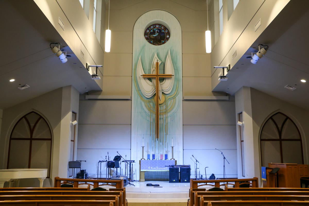 First Methodist Conroe Chapel audio lighting and video systems