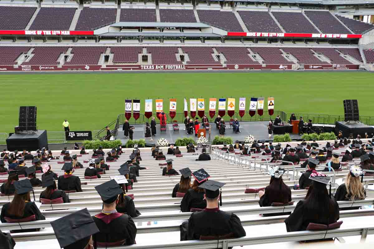 Texas A&M Graduation Students and stage design