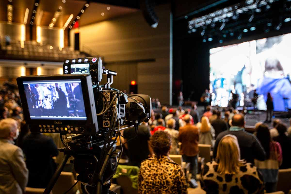 Austin Ridge Bible Church Video Camera LED Screen