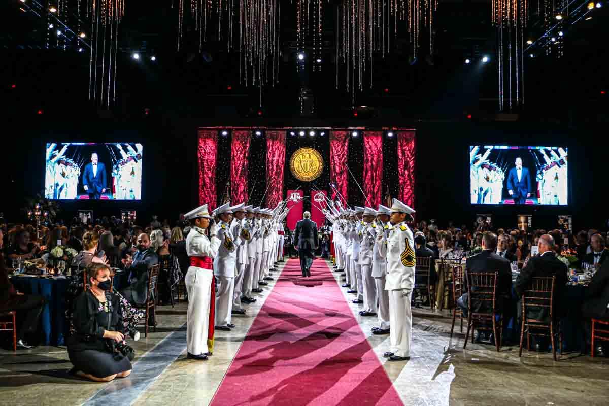 Distinguished Alumni Gala Red Carpet Awards