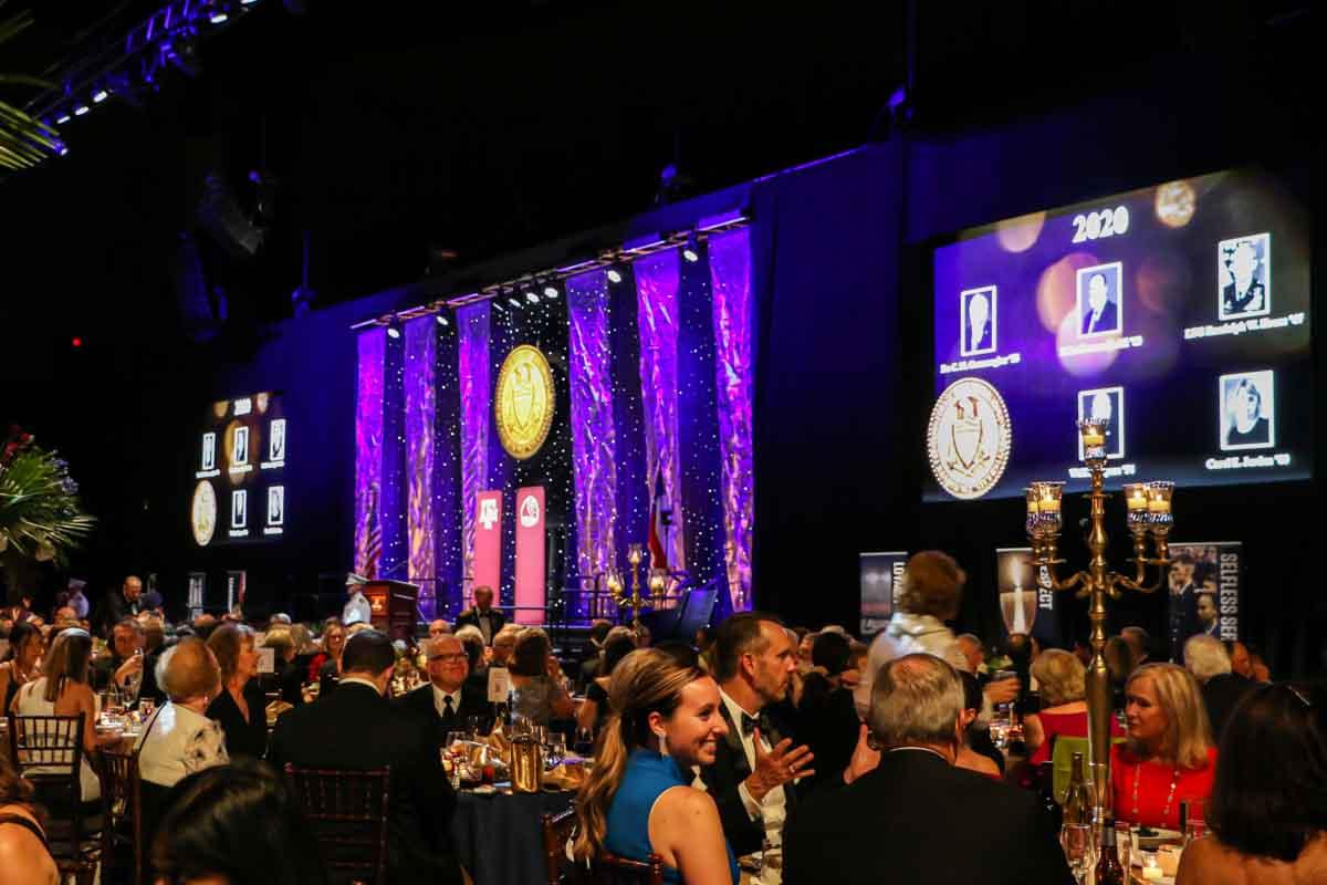 Distinguished Alumni Gala Front Tables